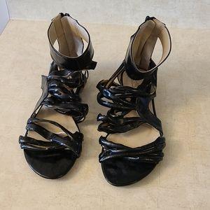 SALE -🌹3/$25 - NWOT - black scrappy sandals